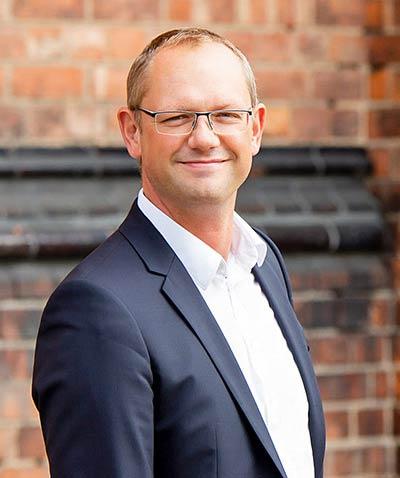 Anwalt in Schwerin RA Reno Haberer Fachanwalt Familenrecht mobil